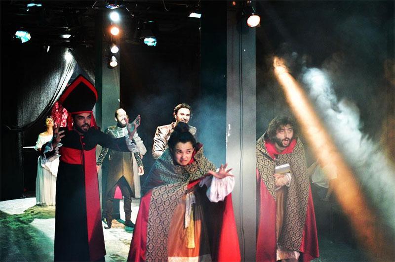 Altıdan Sonra Tiyatro/Kumbaracı50 III. Richard ile ilgili görsel sonucu