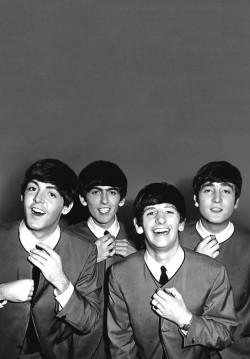 """The Beatles"" Resitali"
