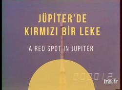 Jüpiter'de Kırmızı Bir Leke