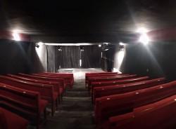 Acil Tiyatro