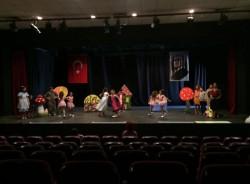 Kırmızı Kalem Tiyatro